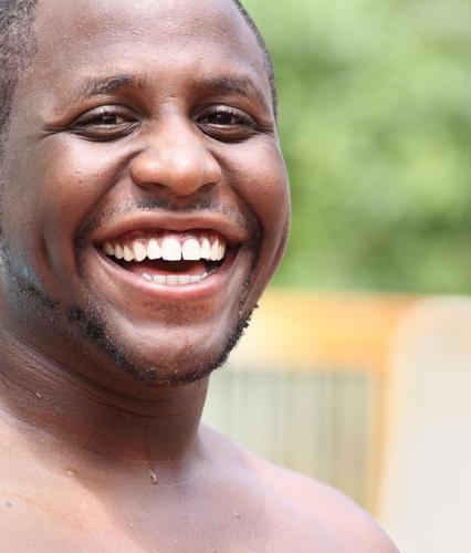 portrait avis homme sourire